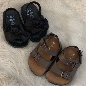 premium selection 6f0c2 2bbe8 Lot of 2 Baby Girl Sandals, sz 2